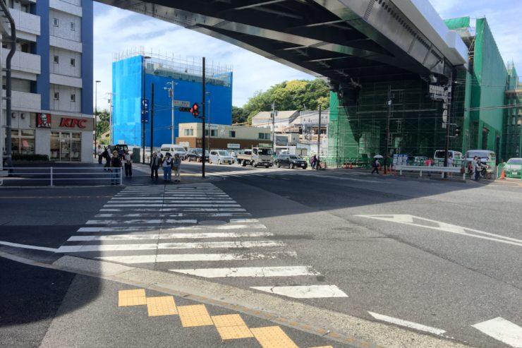 金沢八景駅前交差点