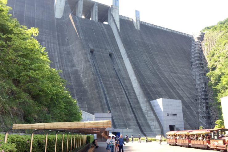 ダム全体像