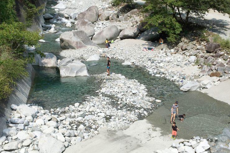 清らかな川