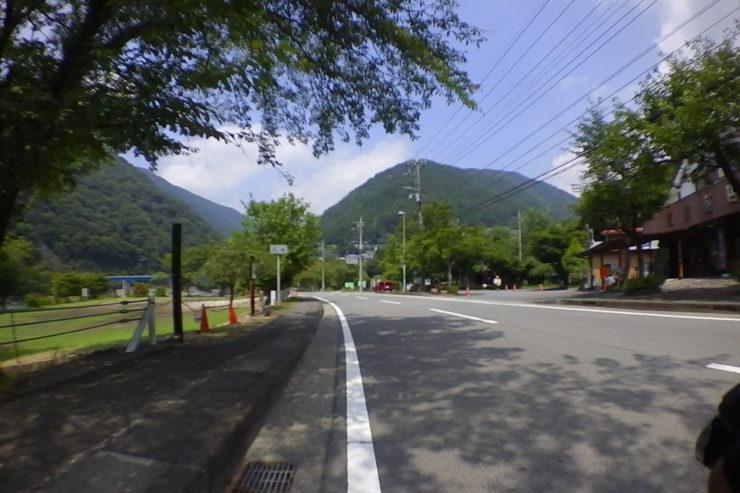 丹沢湖キャンプサイト