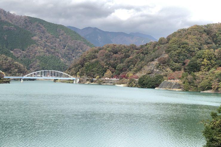 上りきった丹沢湖