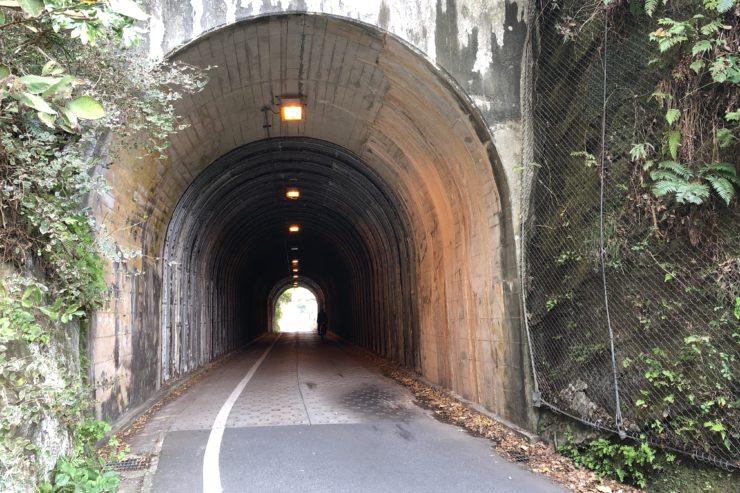 初めてのトンネル