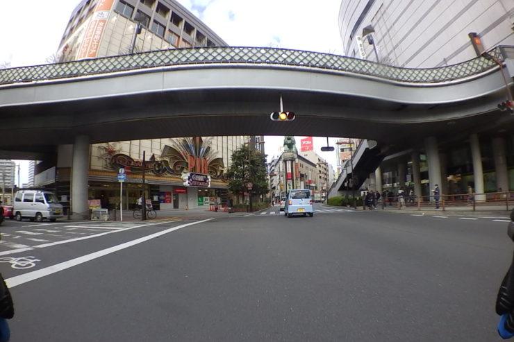 川口駅近く
