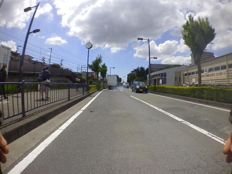 六会日大前駅近く