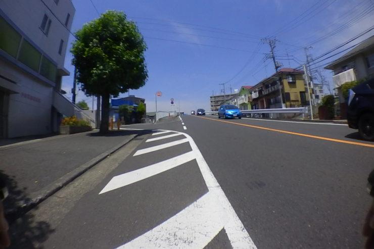 愛甲石田駅近く