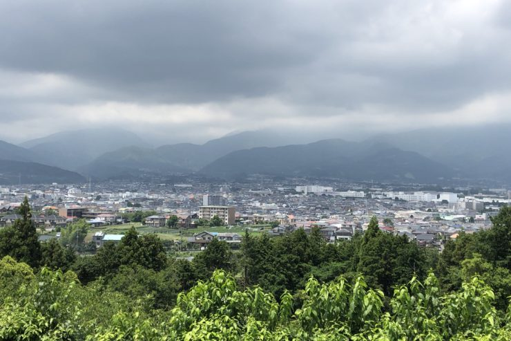 坂の上の景色
