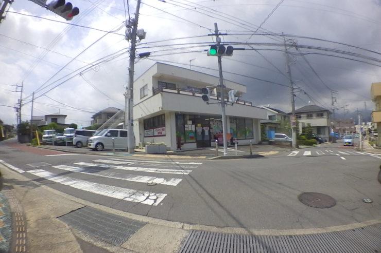 交通量が少ない交差点