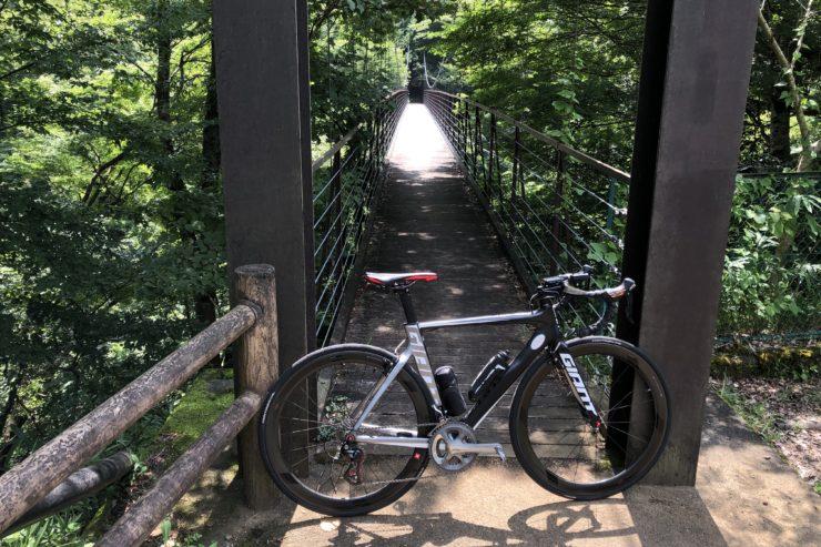 野原つり橋