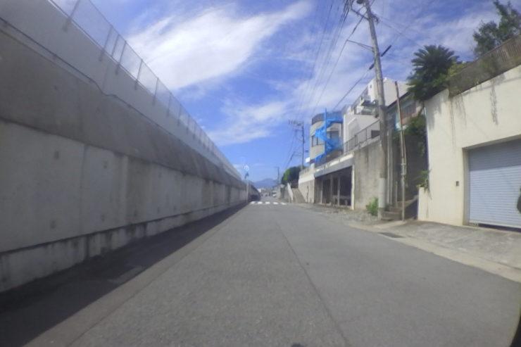 国府津駅近くの裏道