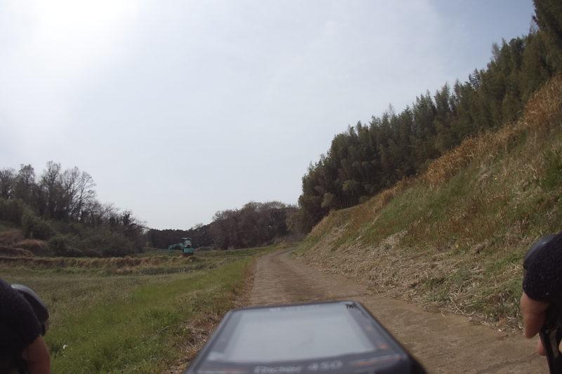 上吉沢の農道