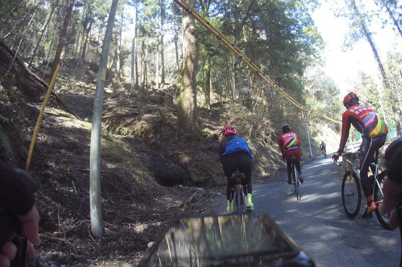 大野山への道