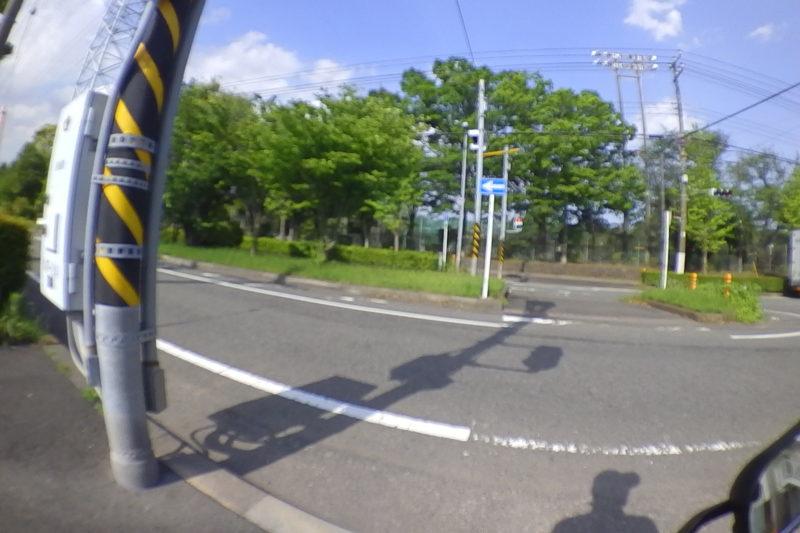 桐原公園前の横断歩道