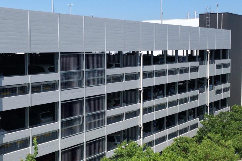 横浜ベイサイド駐車場