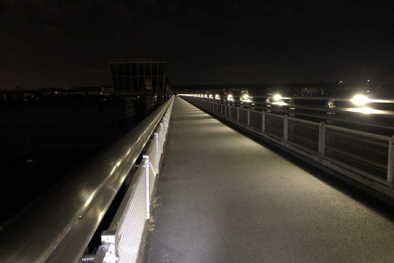 夜の相模大堰