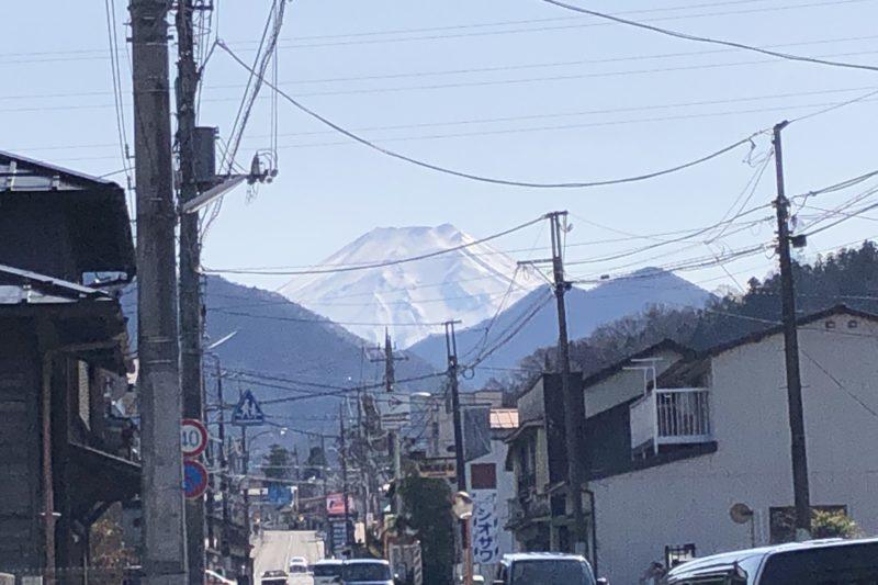 山梨川からの富士山