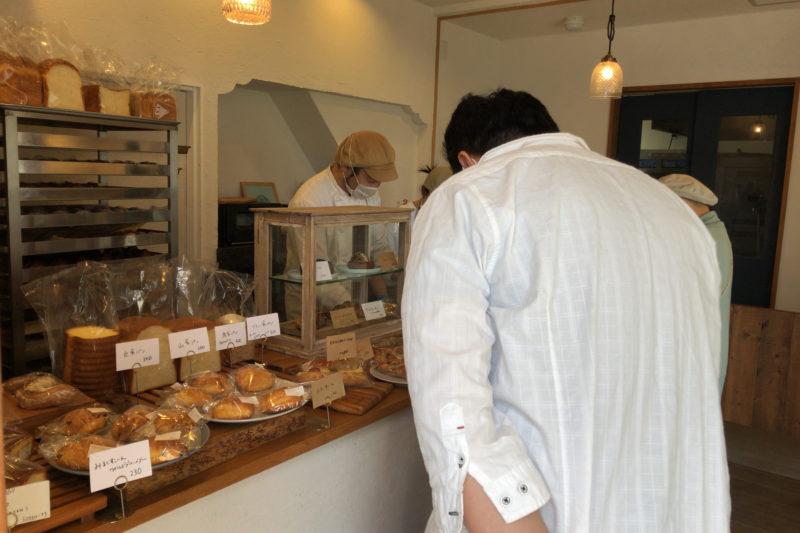 NoPell Bakery(ノペル ベーカリー)の店内