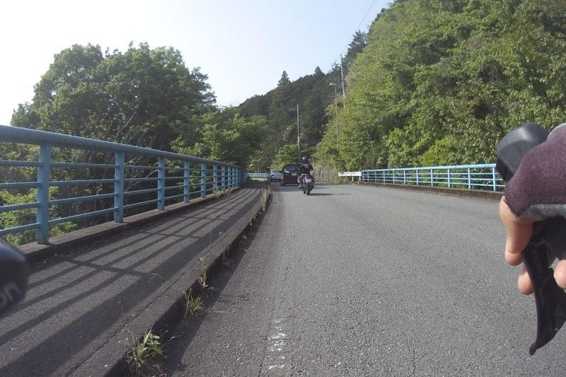 宮ケ瀬湖周回路