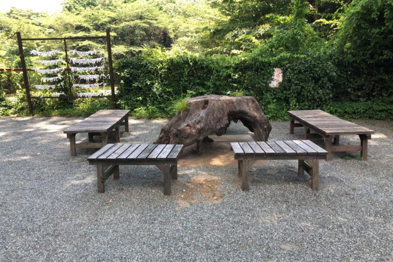 白笹稲荷神社の休憩所
